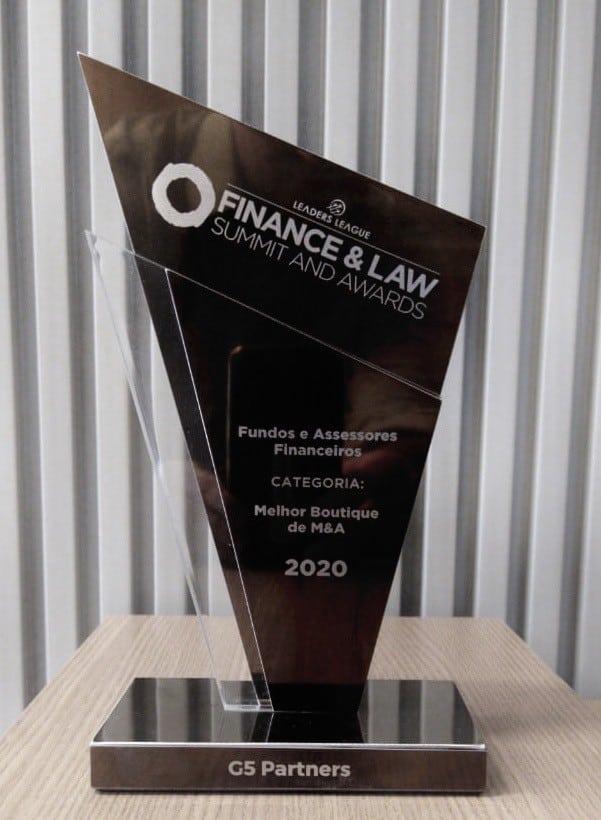 troféu recebido pela G5 Partners da Leaders League